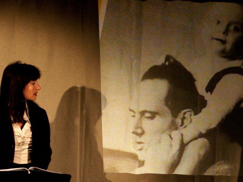 Szenische Lesung, Die Bombe 2 - Foto: Jim Zimermann